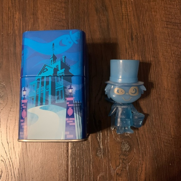Disney Funko Haunted Mansion Hatbox Ghost Figure